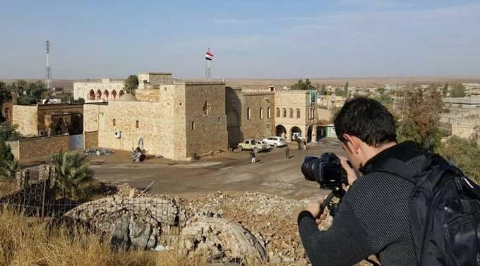 En Irak la necesidad hace que los sacerdotes se conviertan en ingenieros